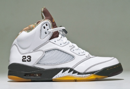 air-jordan-v-5-white-patent-dark-army-extensive-detailed-look3