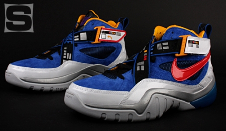Nike-Transformers-Zoom-Sharkalaid